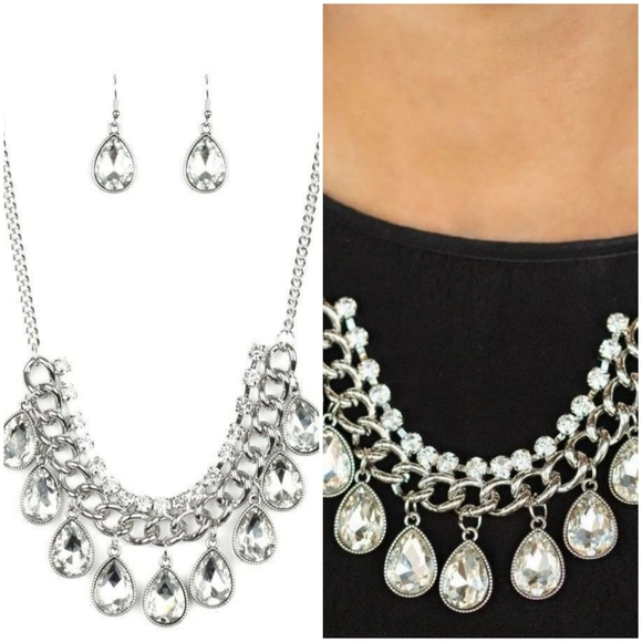 ALL TOGET-HEIR NOW WHITE NECKLACE/EARRING SET